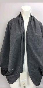 Lululemon Sage scarf in rulu
